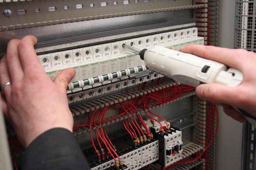 Электротехнические пусконаладочные работы
