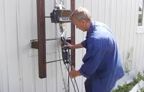 Испытания диэлектрических лестниц
